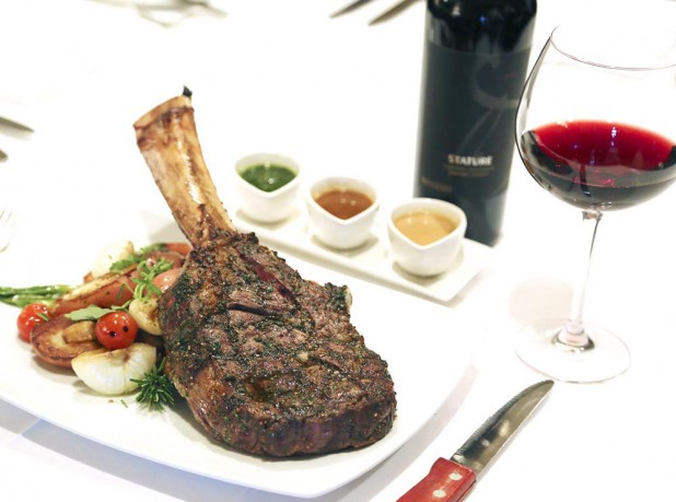 1128manhattan-steakhouse4